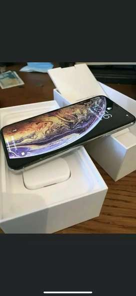 Apple I phone are available at amazing price with bill box