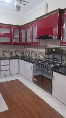 F10-2 Fully Renovated wooden Floor 500Sq_Yards 5Bed Full House On Rent