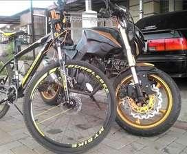 Sepeda Polygon Monarch m5 size m2