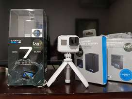 GoPro Hero 7 Black Dusk White Limited Edition kondisi prima