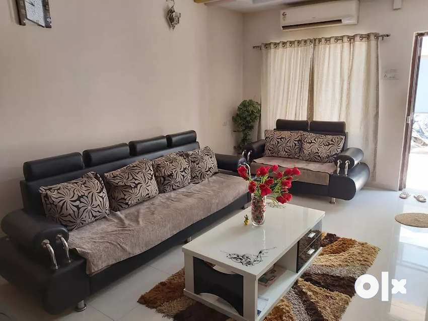 4bhk Fully Furnished House available for Sale in Gurukul - J.J.ESTATE 0