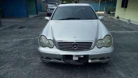 Mercedes dijual cepat
