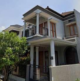 Kost Putri eksklusif di tengah Kota Malang.