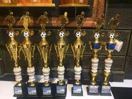 Piala Trophy 1 hari jadi