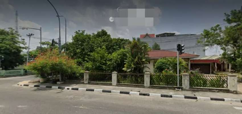 Rumah di pusat kota di Jl SM Raja / S.Syarif Kasim Pekanbaru