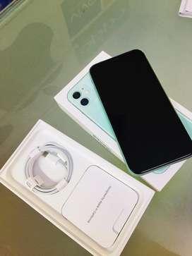 Iphone 11 64gb 6-7 month apple care warranty with gst bill box avilebl