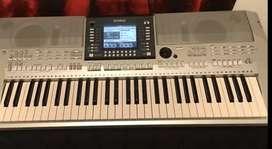 Cari keyboard Yamaha harga 4 jt