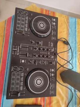 DJ CONTROLLER FOR RENT (1500/day)