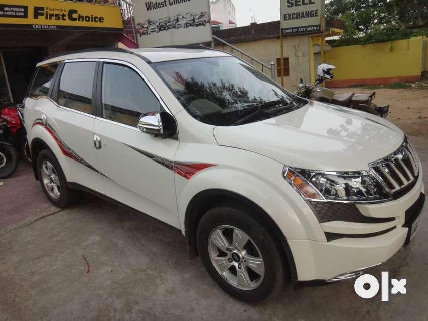 Mahindra Xuv500 XUV500 W8, 2015, Diesel 0