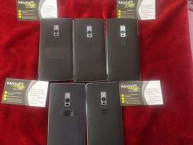 One Plus 2, 4gb Ram, 64gb Internal, Scratchless Condition, Out Of Warr