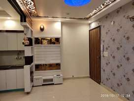 1000 SQ ft 4bhk flat lift and car parking at 47 lacs in Dwarka mor