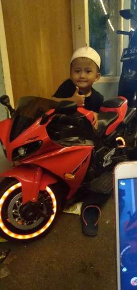 Jual motor Aki R1 merah