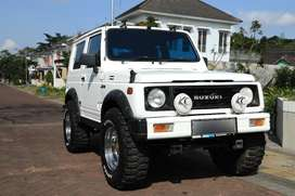 Suzuki Jimny 94' putih ganteng siap dipinang!