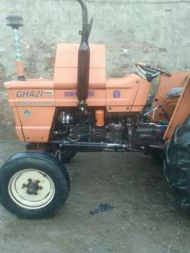 Ghazi tractor 2015 model in Lush condition