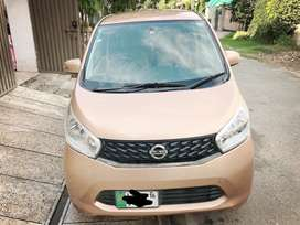Nissan Days 2014 Model with Excellent Condition