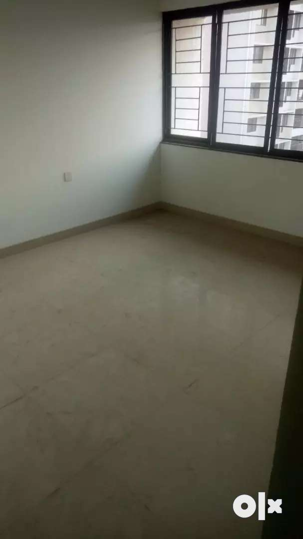 NANDED CITY 2.5BHK FLAT FOR SALE WITH  CAR PARKING CALL 80/87/80/61/80 0
