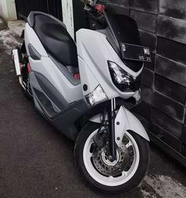 Yamaha Nmax ABS abu-abu modif simple