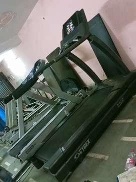 Cybex commercial treadmill