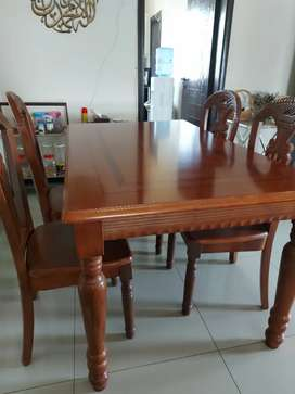 Dining table 6 persons