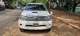 Toyota Fortuner 2.8 4X4 Manual, 2011, Diesel