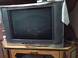 """ONIDA 29"""" Color TV"""