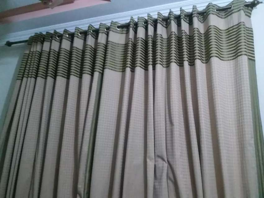 Curtains 0