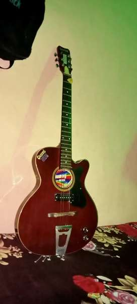 Givson guiter good condition