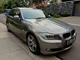 BMW 320i 2010 Business Edition Matic km superlow supertop condition