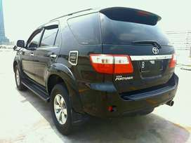 Toyota Fortuner 2.7 G Lux A/T 2008 Hitam Top