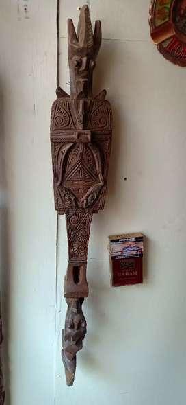 patung antik Toraja