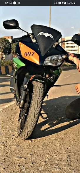 Yamaha R15 v 2