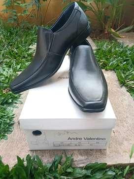 Sepatu Andre Valentino AVM 71001 Black No. 43