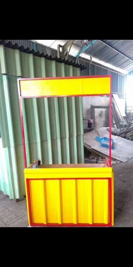 Booth semi kontainer/semi container bkn rombong aluminium gerobak kayu