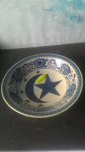 piring keramik dynasty bulan bintang lukis antik.