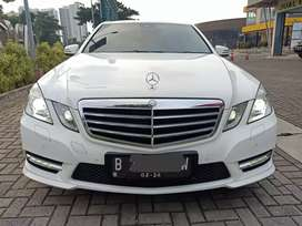 Mercedes Benz E 250 At 2013 Putih mulus terawat