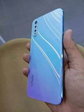Vivo S1 4 GB 128 GB 3 month old