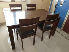 Classic wooden dining table + 4 chairs
