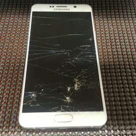 Selling Samsung note 5; 64gb dual sim, Display Broken