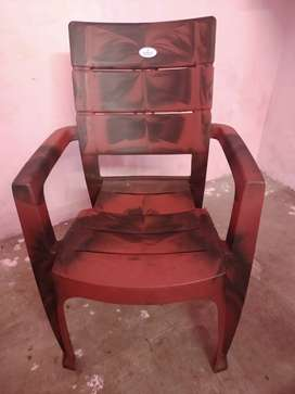 Brand new chair (total 6 chairs)
