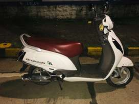 Suzuki Access 125 special edition in brand new condition , scratchless