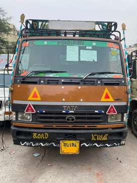 Tata 909 lpt 17footy CNG 2017 model new condition