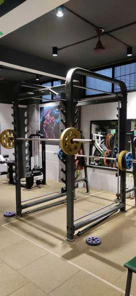 Brand New Gym Equipments selling in heavy Discounts