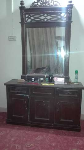 Pure Wood Made used Double bed ,dressing table bed For sale
