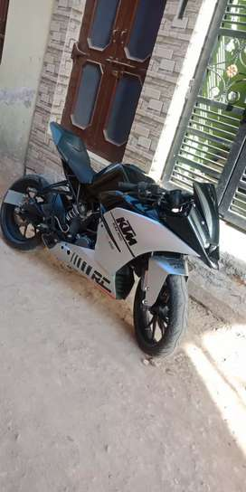 Ktm rc 200 in very gud condition like brand new.fully modified bike