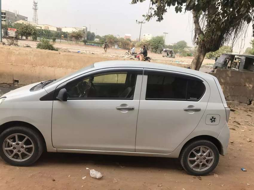 Korangi/ landhi to airport any time car is available only in 700