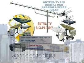 Teknisi pemasangan parabola dan antena TV digital