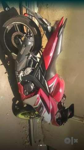 Yamaha R1 5