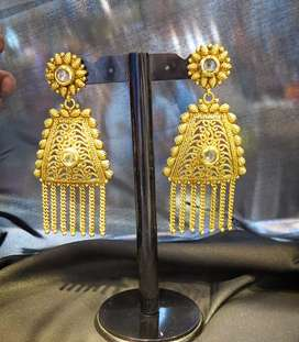 We have all jewelry item's available like earrings , Tops, Rings,