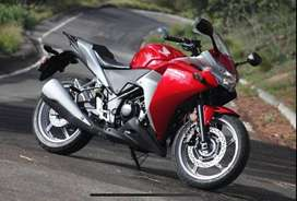 CBR 250 IN GOOD CONDITION ONLY 13600 KM