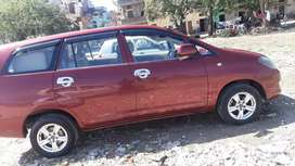 Innova cherry color with new tyres and alloy chd no.